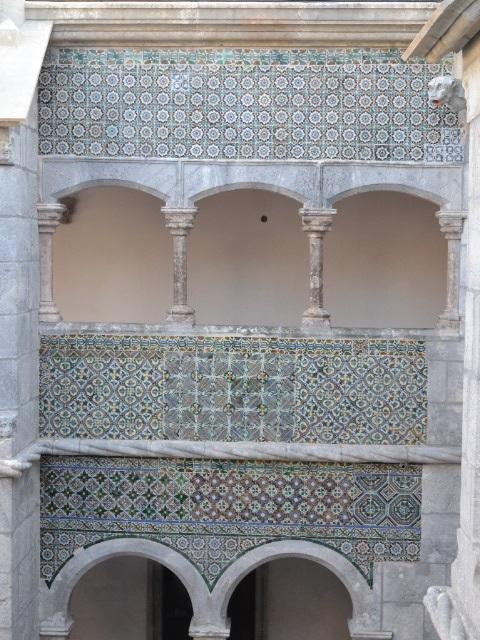 La cour intérieure du Palacio da Pena et ses azulejos